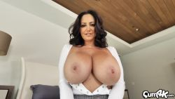 Filling sexy MILF Ava Addams with cum